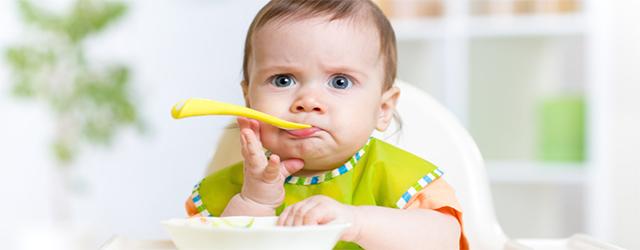 در غذاي کودک از تحميل سلیقه پرهيز کنيد