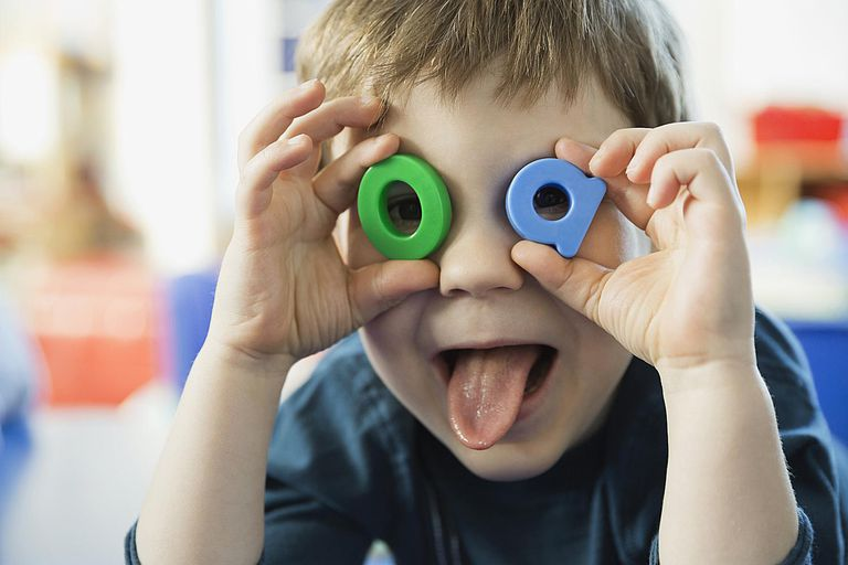 3 تمرین کاردرمانی برای کودکان بیش فعال