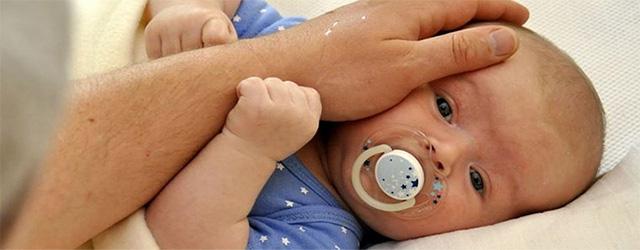 گرمازدگی در نوزادان و نشانههای آن